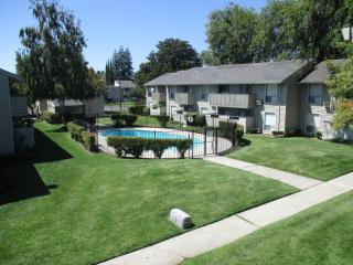 6233 N Pershing Ave, Stockton, CA