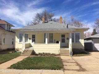 211 2nd Ave E, Dickinson, ND
