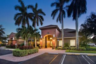 50 Olive Tree Cir, West Palm Beach, FL