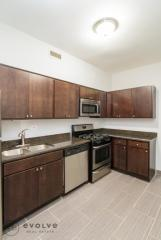 7700 N Marshfield Ave #2KN, Chicago, IL
