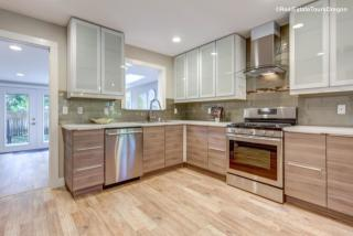 1422 Ash St, Lake Oswego, OR