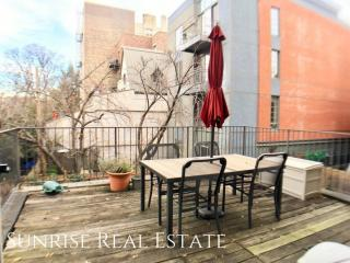 123 Lafayette Ave #2D, Brooklyn, NY