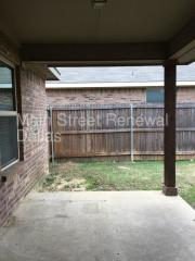 2440 Echo Point Dr, Fort Worth, TX