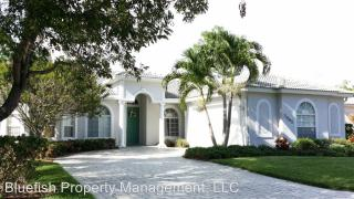 3685 Yosemite Ct, Naples, FL