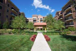 5100 W 96th St #330, Oak Lawn, IL