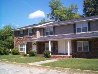 301 Mary Ln, Warner Robins, GA