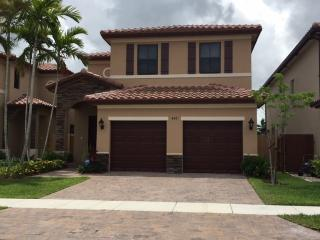 422 SE 34th Ter, Homestead, FL