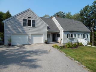 16 Granite Hill Dr #B, Gray, ME