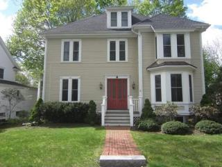 605 Washington St, Wellesley, MA