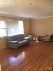 124 Highview Ave, Bergenfield, NJ