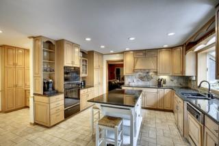 8477 133rd Street Ct, Apple Valley, MN