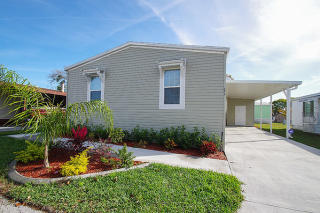 411 Mongoose Ln #411, North Fort Myers, FL