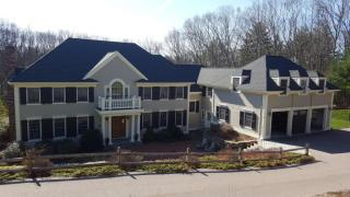 96 Country Dr, Weston, MA