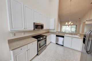 717 Cobblestone Dr, Ormond Beach, FL