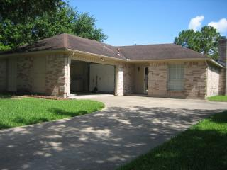 403 Merriweather St, Webster, TX