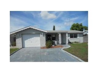 1301 Viking Dr, Holiday, FL