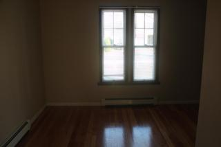 94 Maple Ave #1, Watertown, CT