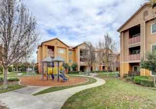 3025 W Christoffersen Pkwy, Turlock, CA