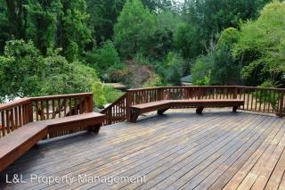 20 Forest Dr, Forest Knolls, CA