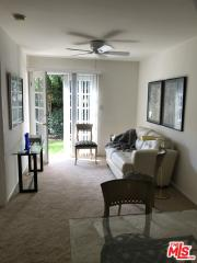 10732 1/2 Aqua Vista St, North Hollywood, CA