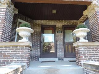 304 Home Ave #A, Oak Park, IL
