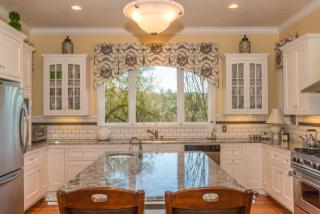 2314 Mill Creek Ln, Healdsburg, CA