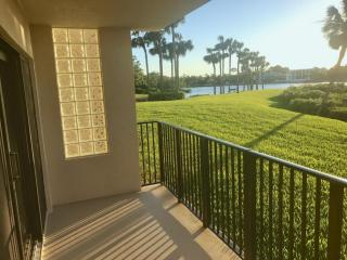 1701 Marina Isle Way #102, Jupiter, FL