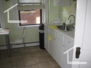 1422 Commonwealth Ave #5, Brighton, MA