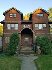 2297 S Overlook Rd, Cleveland, OH