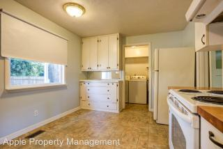 18340 1st Ave NE, Shoreline, WA