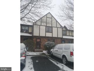 5 Leicester Ln, Ewing, NJ