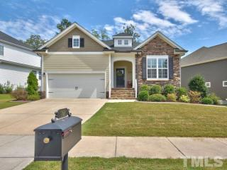 768 King Oak St, Holly Springs, NC