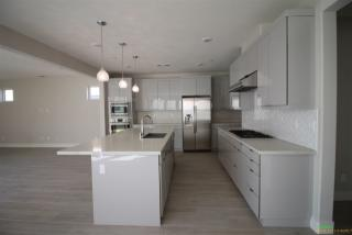 6695 Aliso Valley Way, San Diego, CA