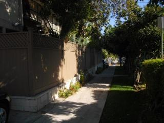 1800 Selby Ave #8, West Los Angeles, CA