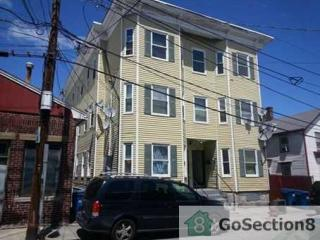 16 Ames St #1, Lowell, MA
