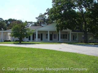 441 N Poinsett Hwy, Travelers Rest, SC