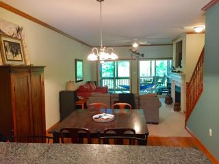 232 Mountain Cove Dr #3, Hardy, VA