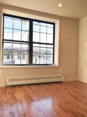 54 Lincoln Ave #2, Brooklyn, NY