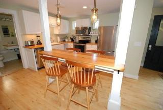 43 Park St #COTTAGE, Freeport, ME