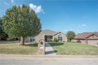 522 Crow Ave, Weatherford, TX