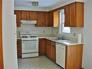 25 Jamestown Ct, South Portland, ME
