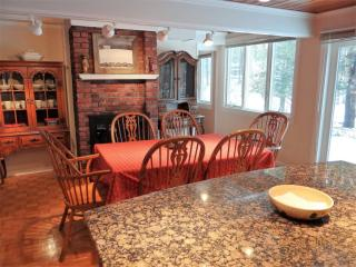 880 Great Pond Rd, North Andover, MA