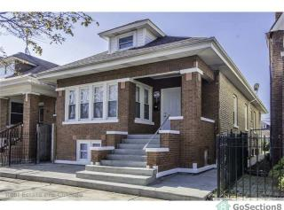8135 S Honore St, Chicago, IL