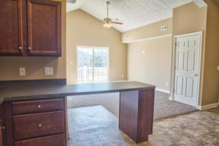 407 Pleasant Meadow Blvd, Cuyahoga Falls, OH