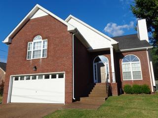 129 Candle Wood Dr, Hendersonville, TN