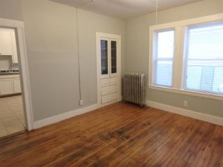 166 Bartlett St #1, Lewiston, ME