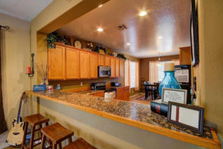 41036 N Iron Horse Way, Anthem, AZ