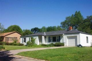 1604 W 21st St, Lawrence, KS