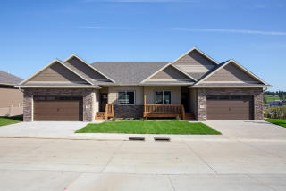 Sioux City Ia Real Estate Homes For Sale Trulia