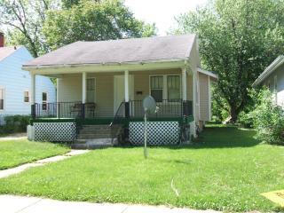 Surprising 2 Bedroom Apartments For Rent In Decatur Il 75 Rentals Home Interior And Landscaping Ponolsignezvosmurscom